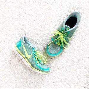 Nike Free Run 4.0 Custom Volt/Turquoise Sneakers
